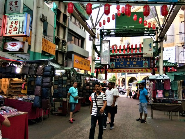 Petaling Street (photo credit : Shah Said ; @ all rights reserved)