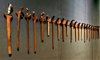 An array of the many types of Keris - Exhibit from The Sultan Abu Bakar Museum, Pekan, Pahang. (photo credit : Shah Said ; @ all rights reserved)