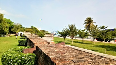 Looking our from the fort's battlements. (photo credit : Shah Said ; @ all rights reserved)