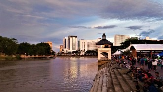 Scene up the waterway. (photo credit : Shah Said ; @ all rights reserved)