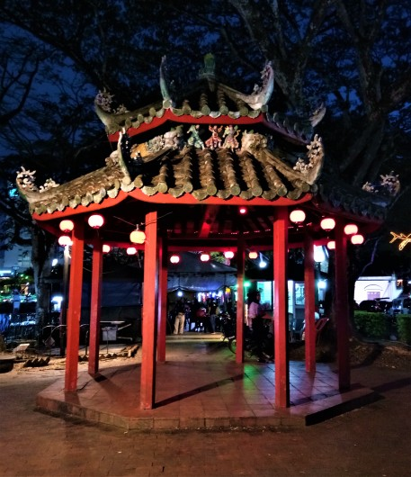A Chinese-styled gazebo. (photo credit : Shah Said ; @ all rights reserved)